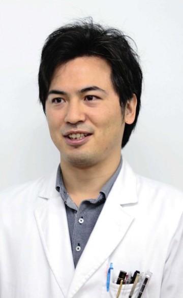 そがみ・ゆうすけさん 2010年山梨大医学部卒、12年同大第2内科入局。県立中央病院を経て16年から同大第2内科診療助教、18年から同助教。日本呼吸器学会専門医、日本内科学会認定医。神奈川県横須賀市出身。