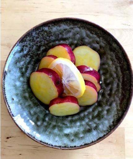 幼稚園給食で人気! サツマイモのレモン煮
