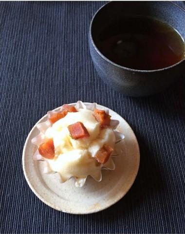 干し柿とクリームチーズの蒸しパン