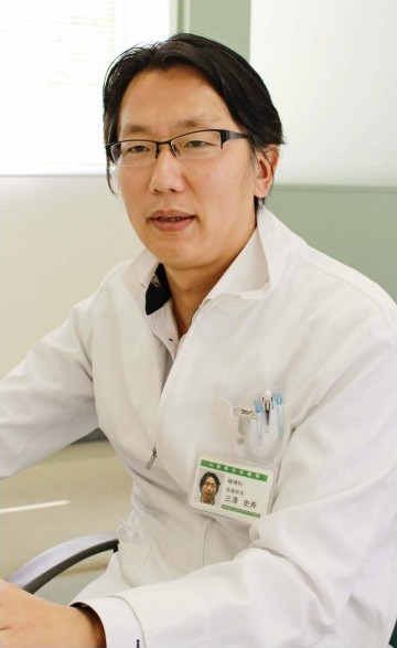 三沢史斉(みさわ・ふみなり)さん 2001年慶応大医学部卒。同大医学部精神神経科入局。02年山梨県立北病院勤務。15年米・ザッカーヒルサイド病院留学。16年から県立北病院、18年に同病院医療部長