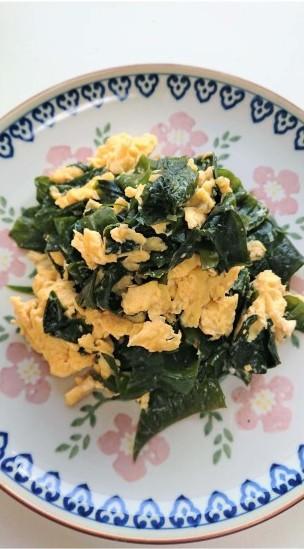 ワカメと卵の中華炒め