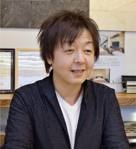 亀谷大輔(かめがい・だいすけ)氏 東京都出身。ハウスメーカーで営業職を務め、トップセールスマンとして活躍。会社幹部も経験した。2015年4月にアースリンクイノベーションを立ち上げ、現職。42歳。