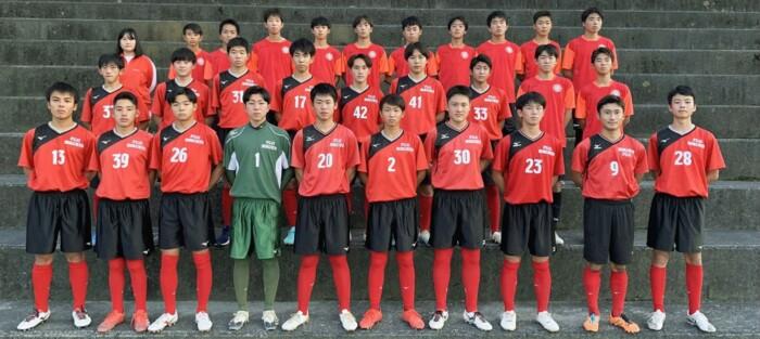 ・創部 2004年 ・部員数 31人(マネジャー1人) ・スローガン 目標に向かって努力することを通して生きる力を身につける ・県ユースリーグ5部