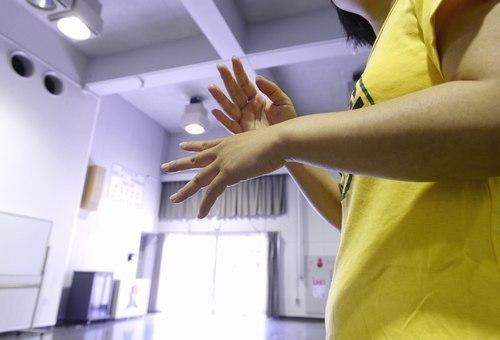 「ひきこもり大学は、形のない居場所」。アキはいま、就職活動を始めている=甲府・県立愛宕山少年自然の家