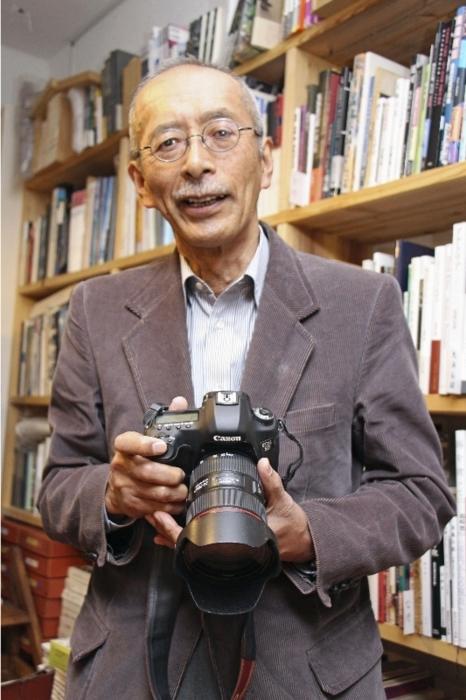 自然の中で生きる人びとのリアルを撮影し続ける写真家、芥川仁(あくたがわ・じん)さん