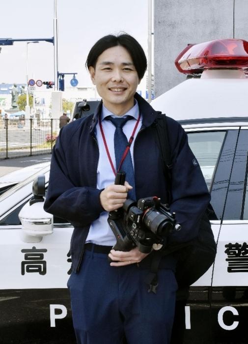 デザイン業界から転職して高知県警のPR動画を制作する西森達也(にしもり・たつや)さん