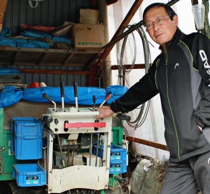 農作業中の事故のリスクについて説明する石川健路さん=甲州市塩山千野