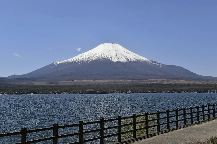 きょうの富士山(4月19日)