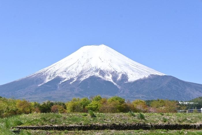 〈1〉きょうの富士山(4月26日)