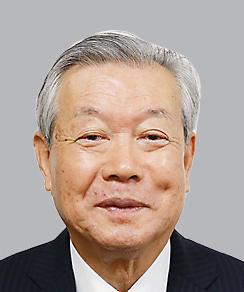 逮捕された市川三郷町長の久保真一容疑者